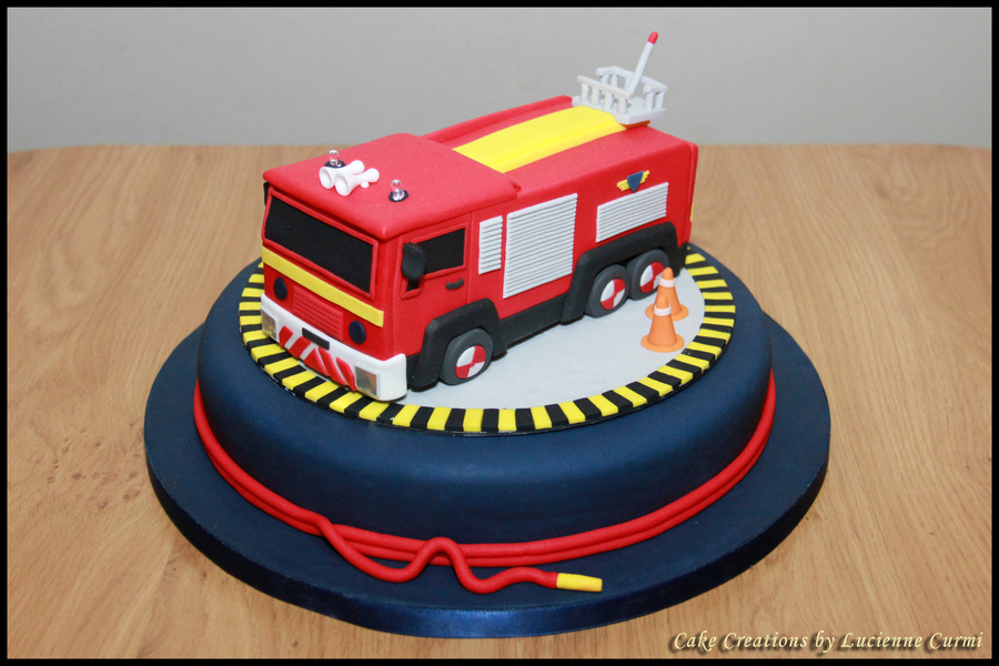Fantastic Fire Engine Birthday Cake With Flashing Lights And Sirene Funny Birthday Cards Online Alyptdamsfinfo
