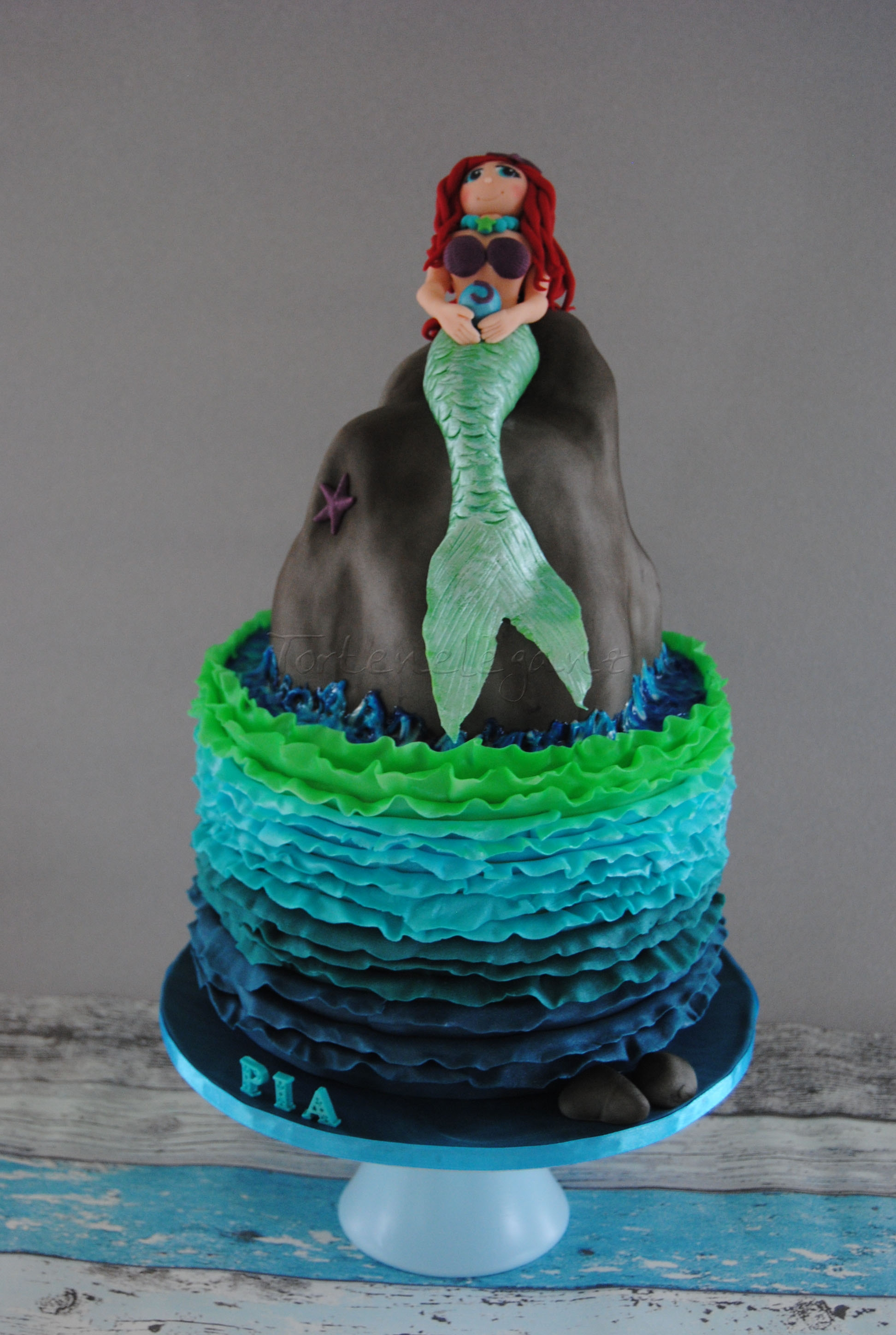 Birthday Cake Images Daughter : Mermaid Birthday Cake For My Daughter - CakeCentral.com
