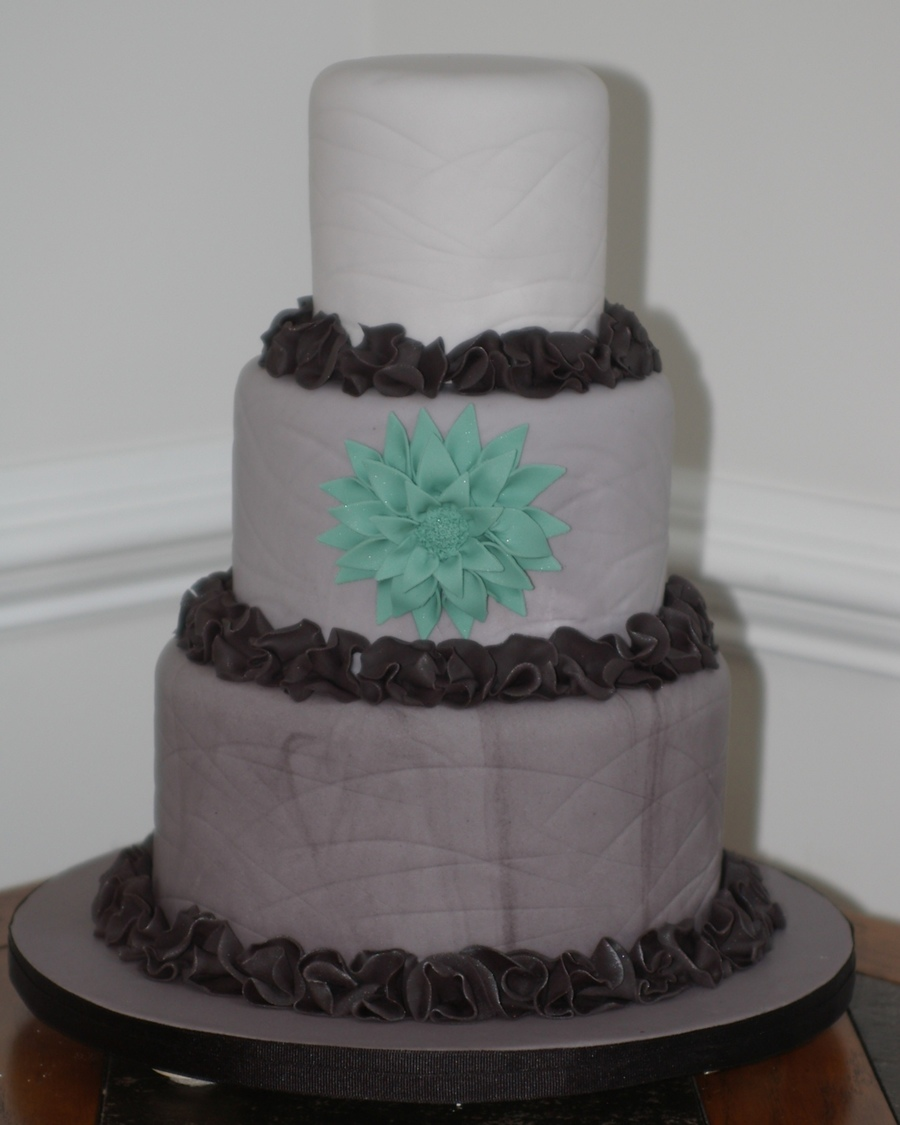Gray Ombre With Fantasy Dahlia on Cake Central