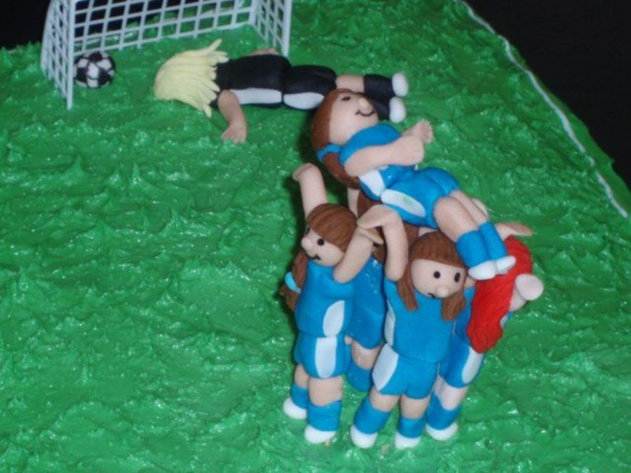 Lauren Kicks The Winning Goal on Cake Central