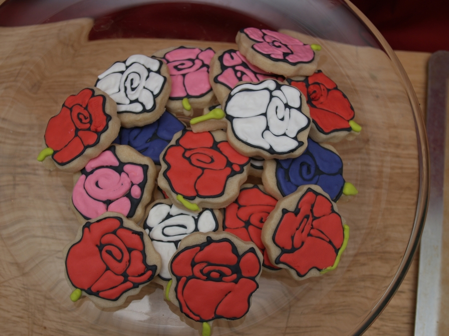 Rose Cookies on Cake Central