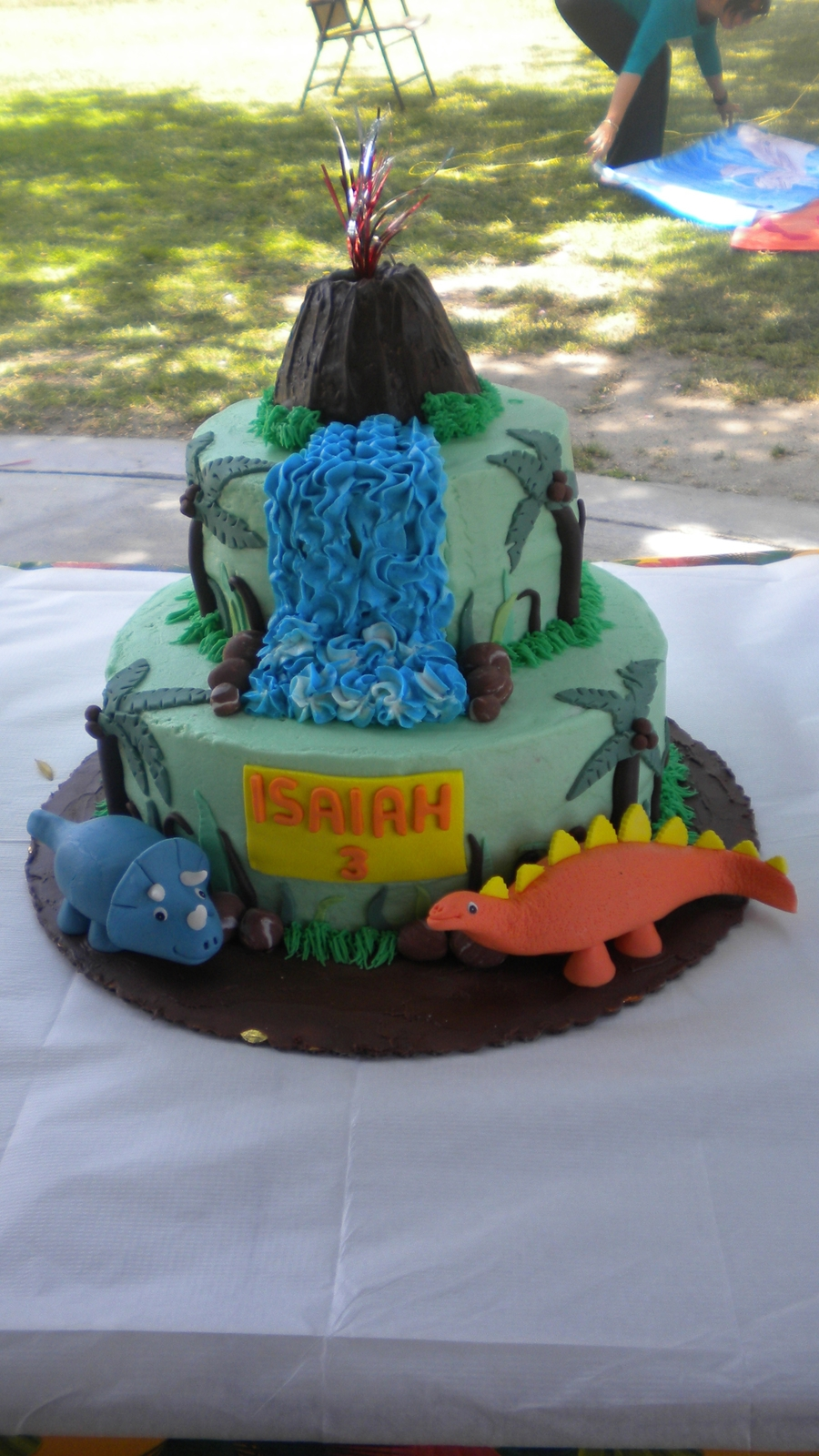 Dinosuar Cake  on Cake Central