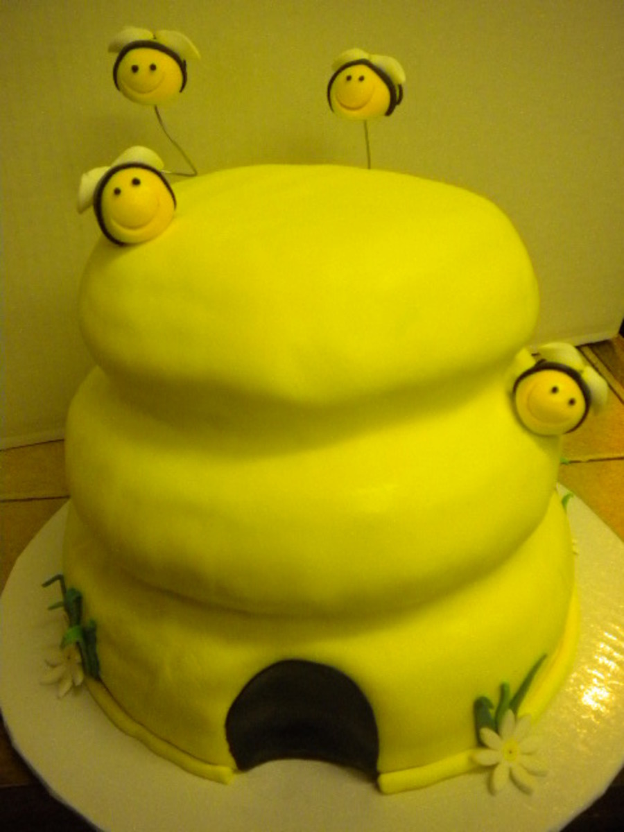 Bee Hive on Cake Central