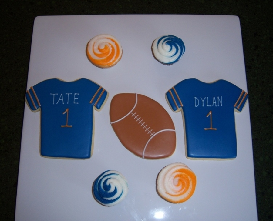 Chicago Bears Treats on Cake Central