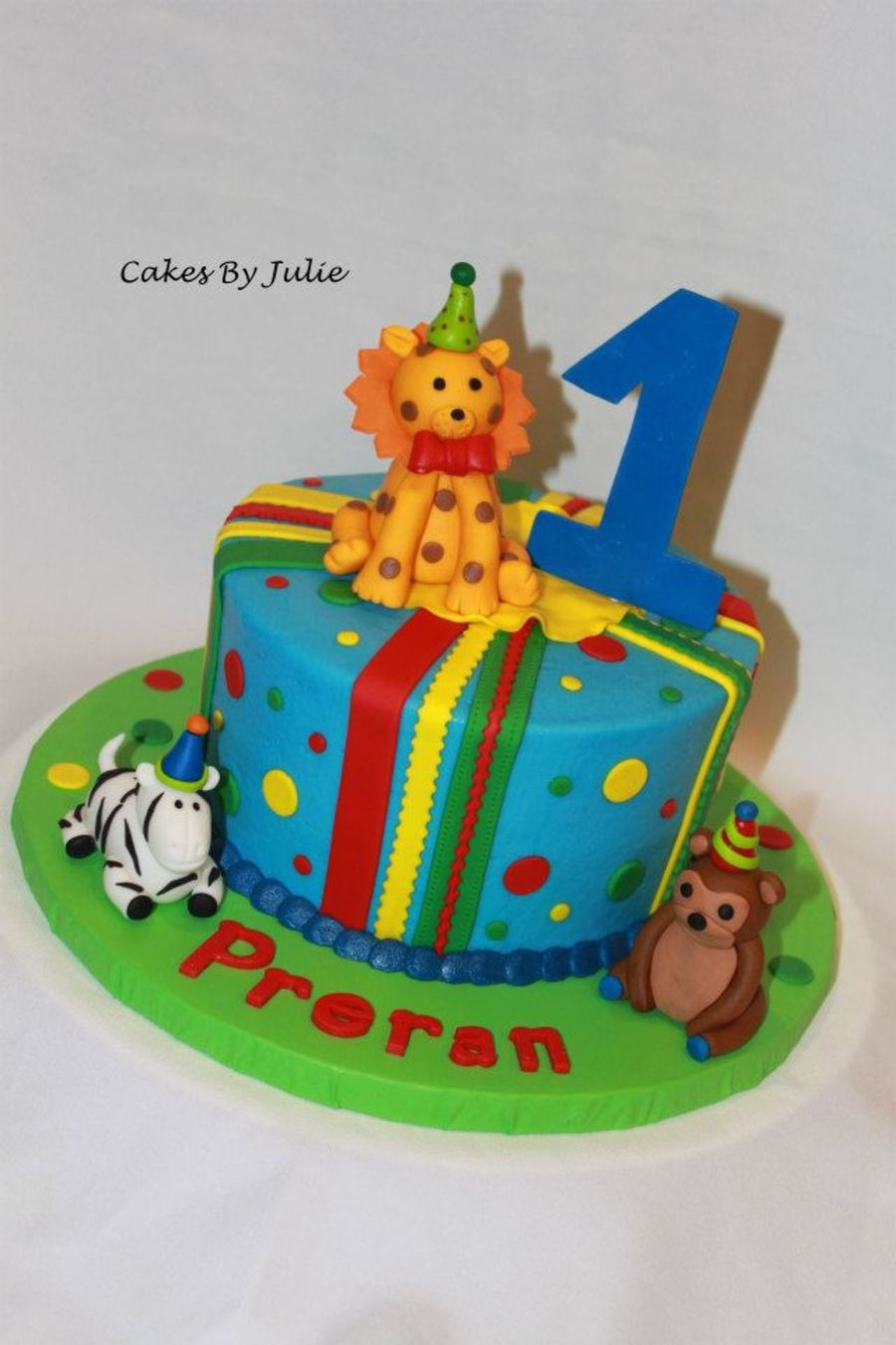 Animals With Party Hats!! on Cake Central