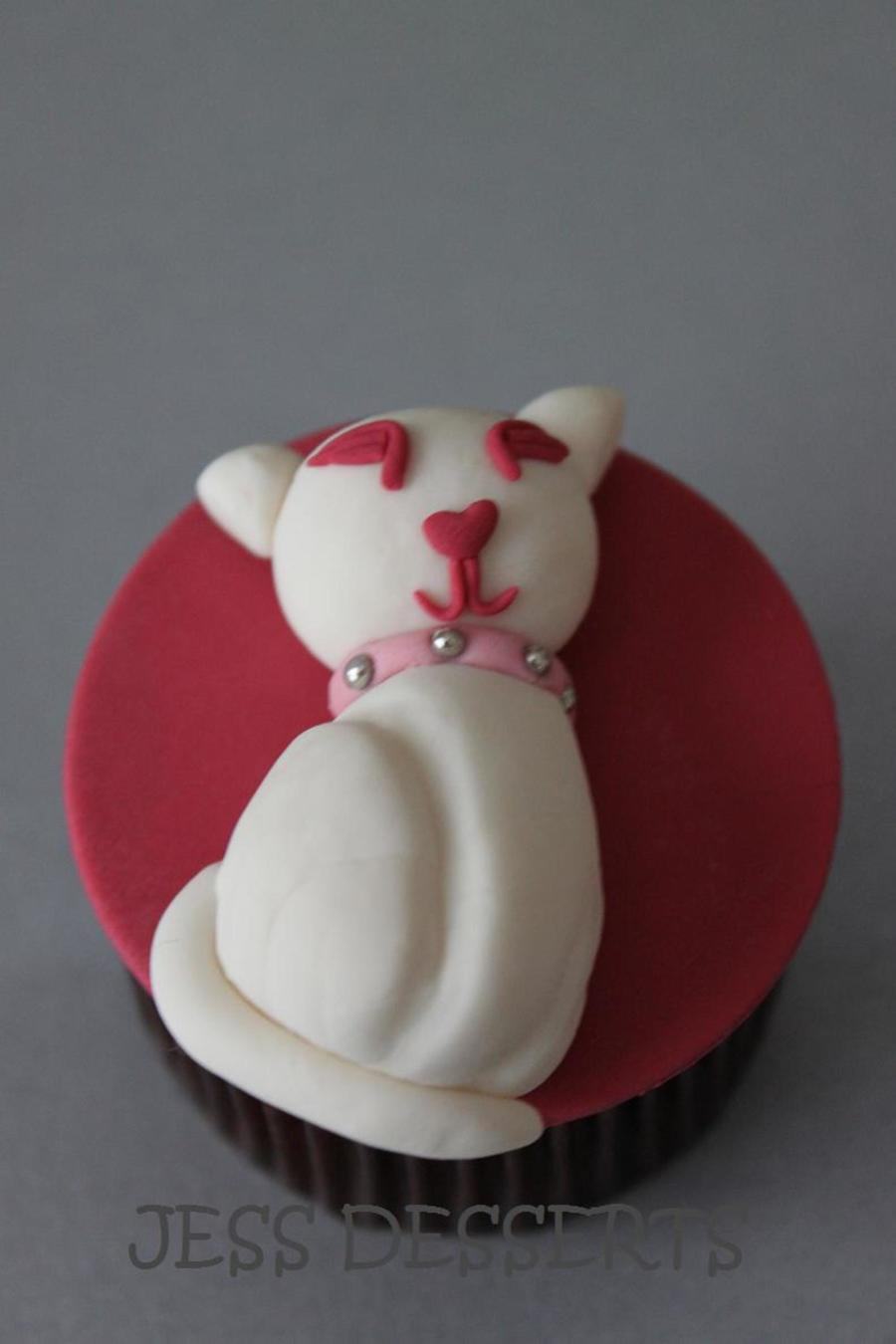 Pretty Kitty  on Cake Central