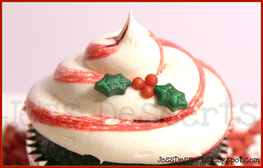 Candy Cane Cupcake! on Cake Central