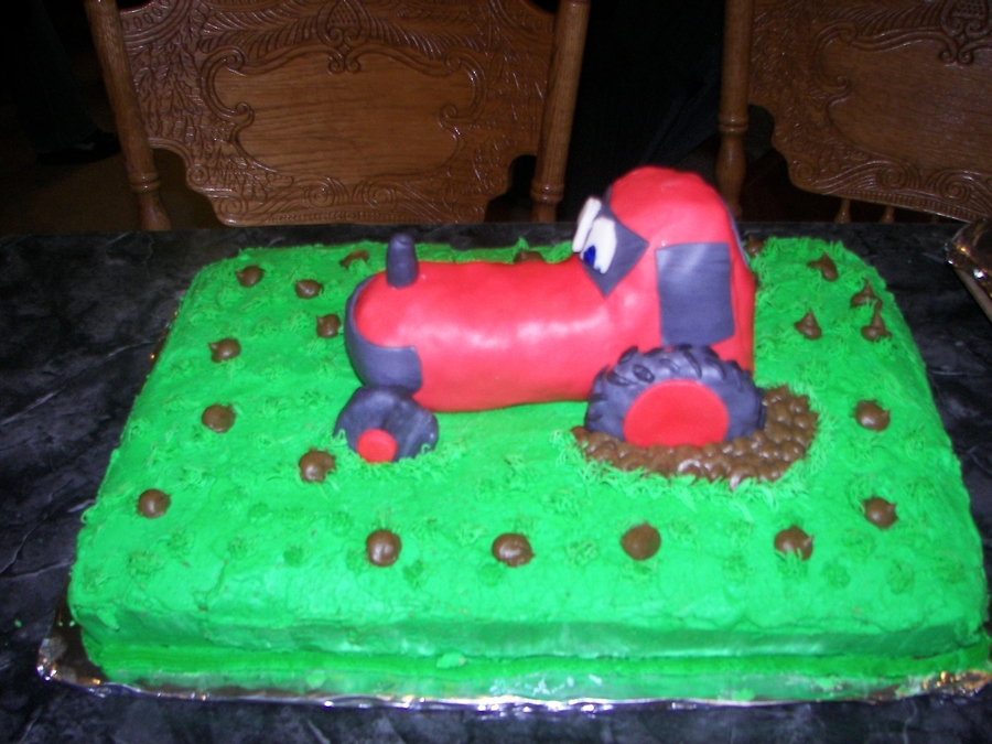 Tractor on Cake Central