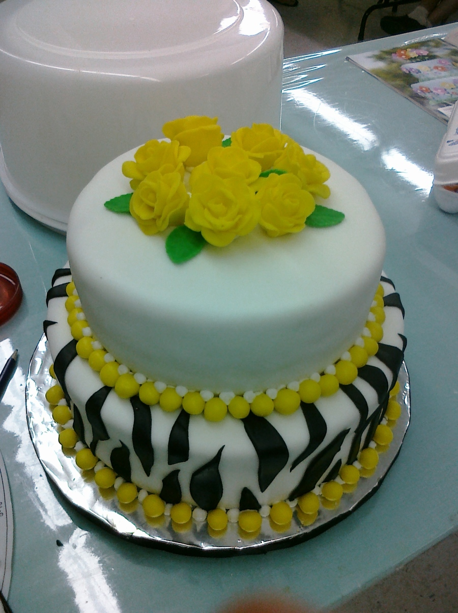 Zebra Stripes/yellow Roses on Cake Central