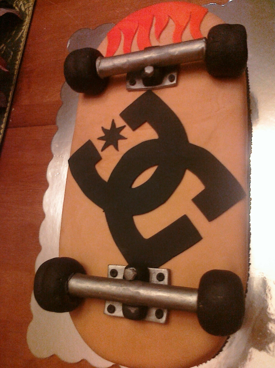 Skateboard With Dc Logo on Cake Central