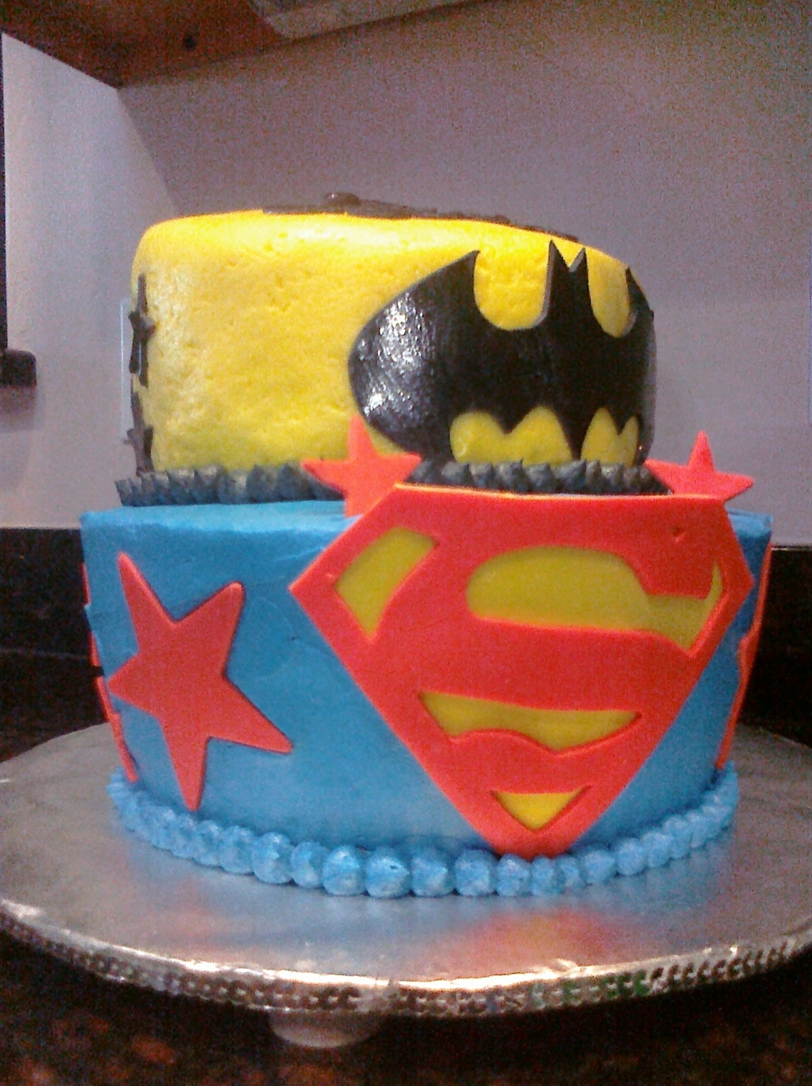 Batman And Superman on Cake Central
