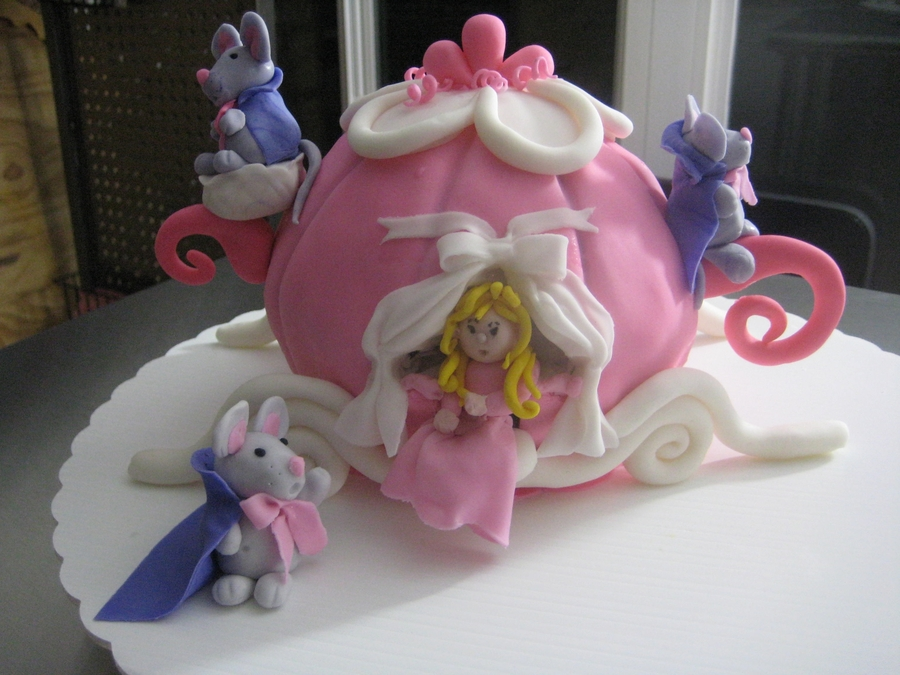 Cinderella Carriage on Cake Central