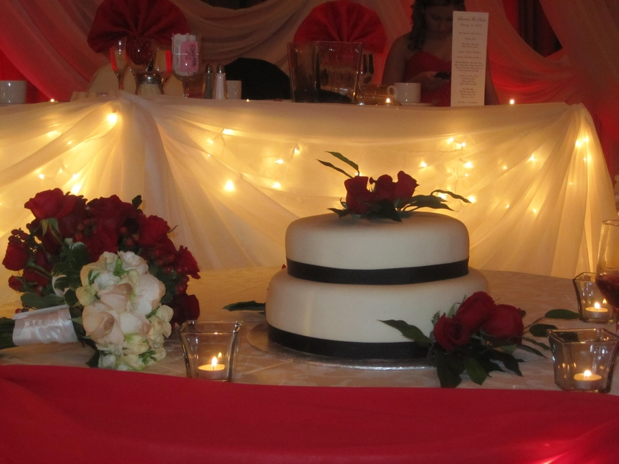 Elegant Roses Wedding Cake  on Cake Central