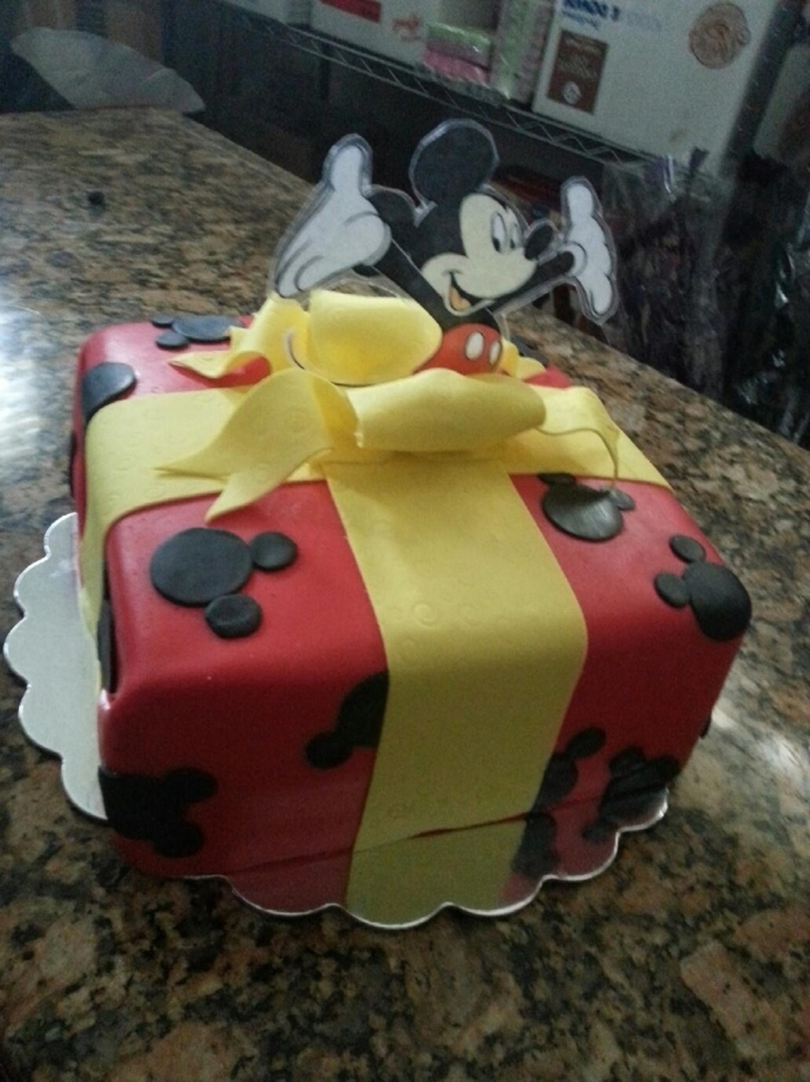 Mickey Mouse Present Cake on Cake Central