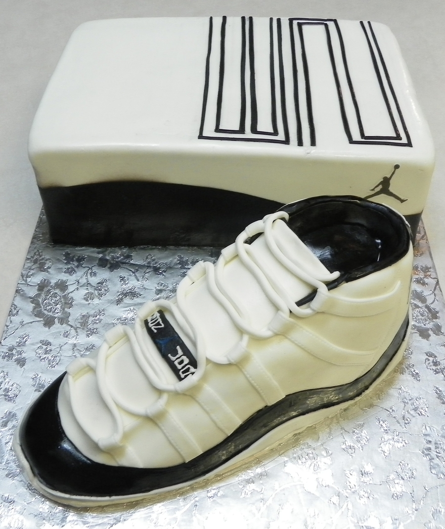 Air Jordan Xi Retro Concord on Cake Central