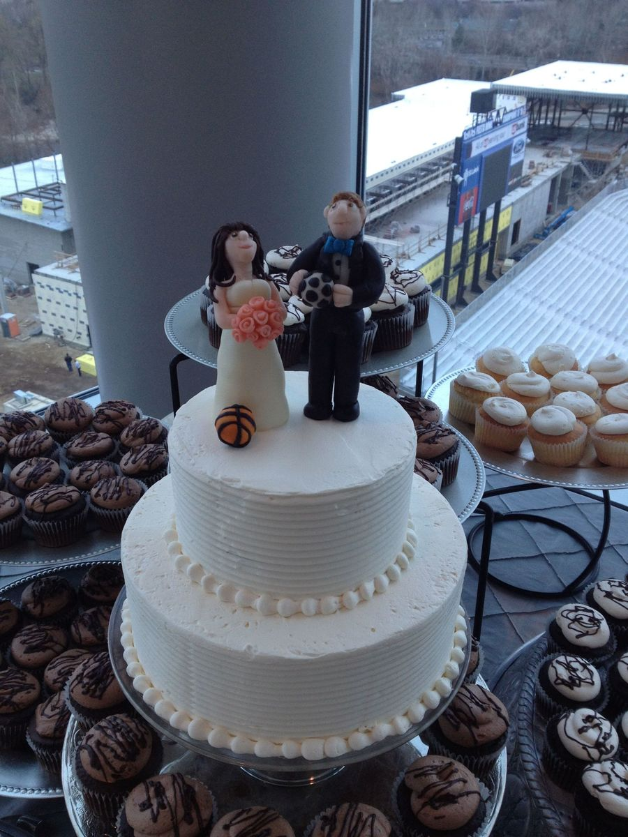 The Cake Topper Is 100 Modeling Chocolate Bride Is A Pro Basketball Player Groom Is A Pro Soccer Player  on Cake Central