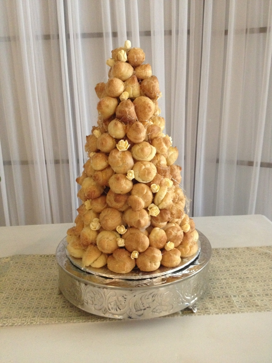 Croquembouche on Cake Central