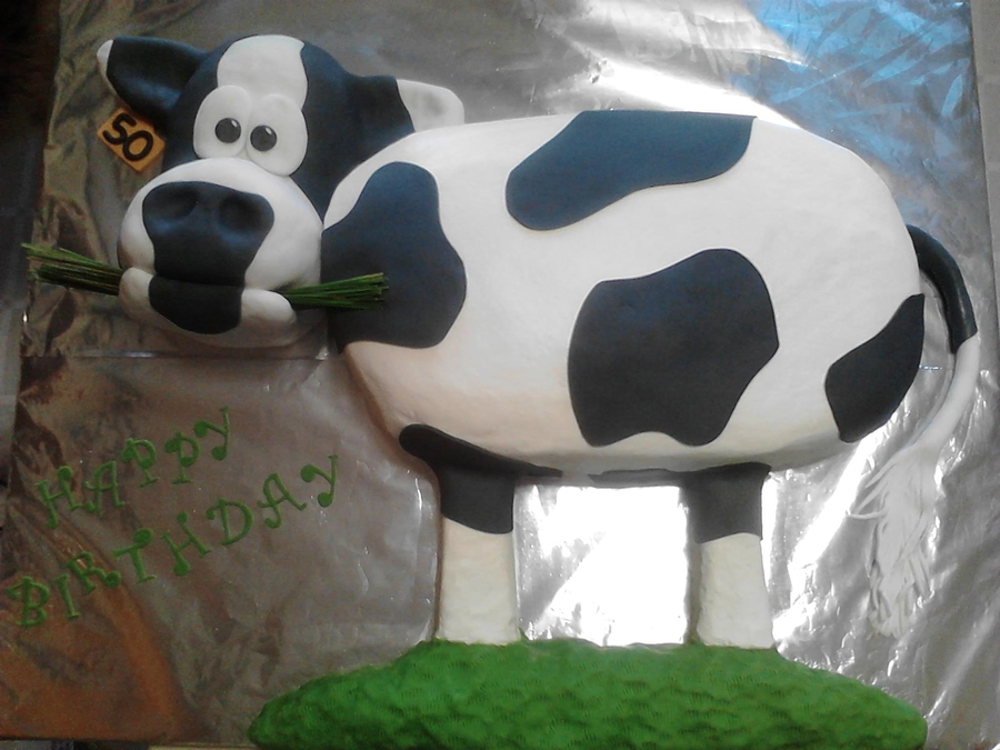 Moo!! on Cake Central