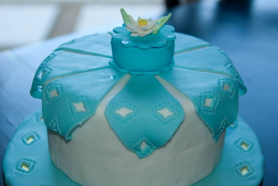 Handkerchief Cake on Cake Central