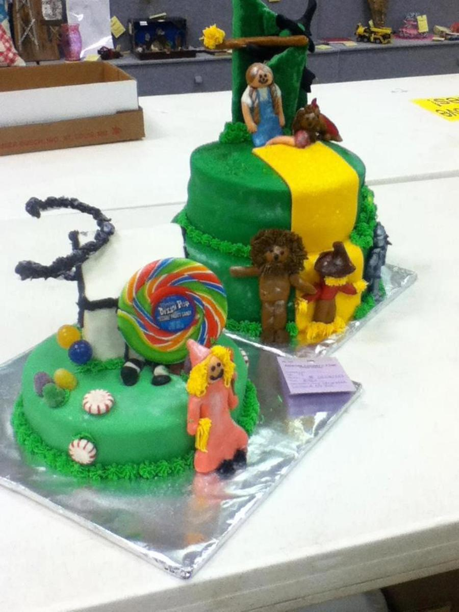 This Was A Wizard Of Oz Cake My Daughter Entered In The County Fair And Won Grand Champion on Cake Central