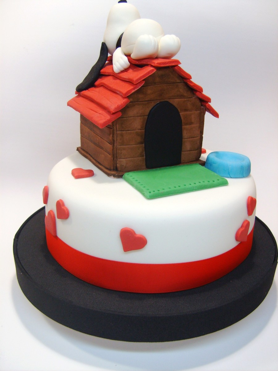 Snoopy For Love! on Cake Central