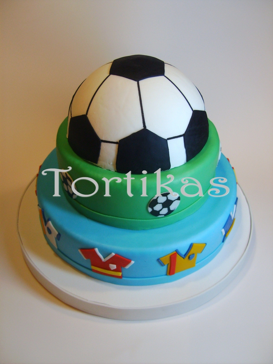 Soccer Time  on Cake Central