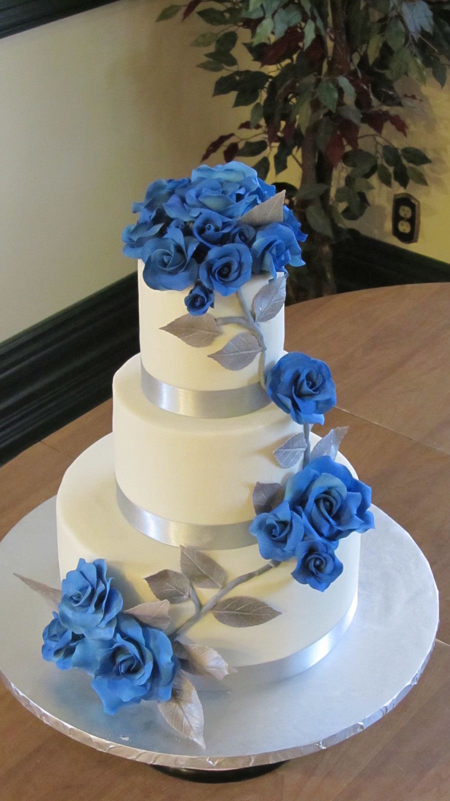 Sapphire Roses And Silver Leaves.  on Cake Central