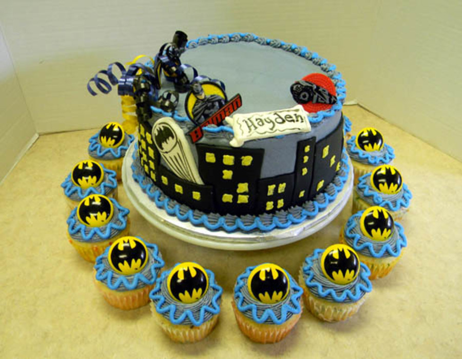 Batman Boy on Cake Central