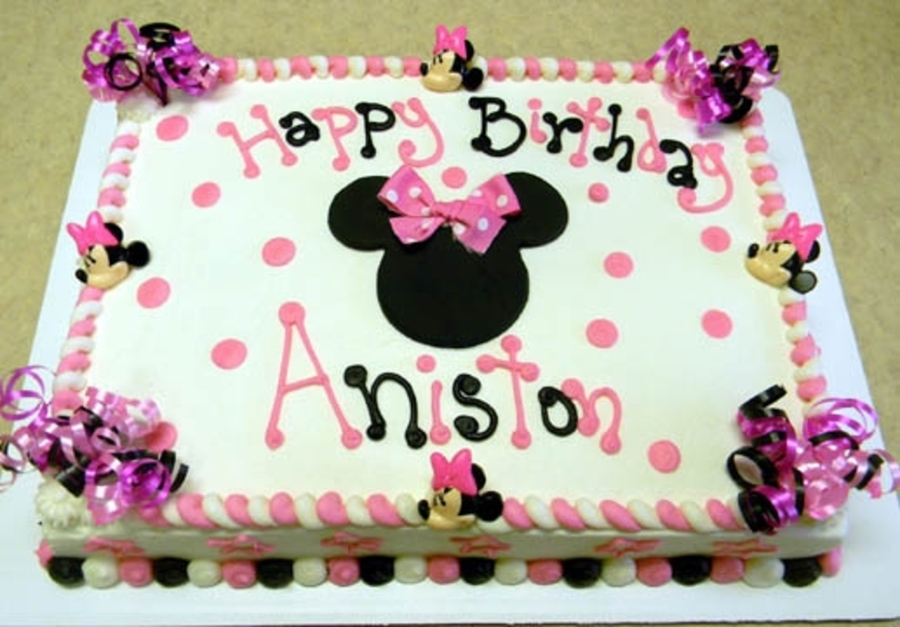 Minnie M  on Cake Central