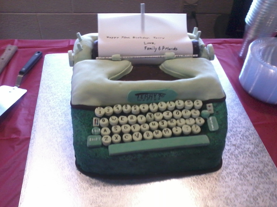 The Terrywriter 70 on Cake Central