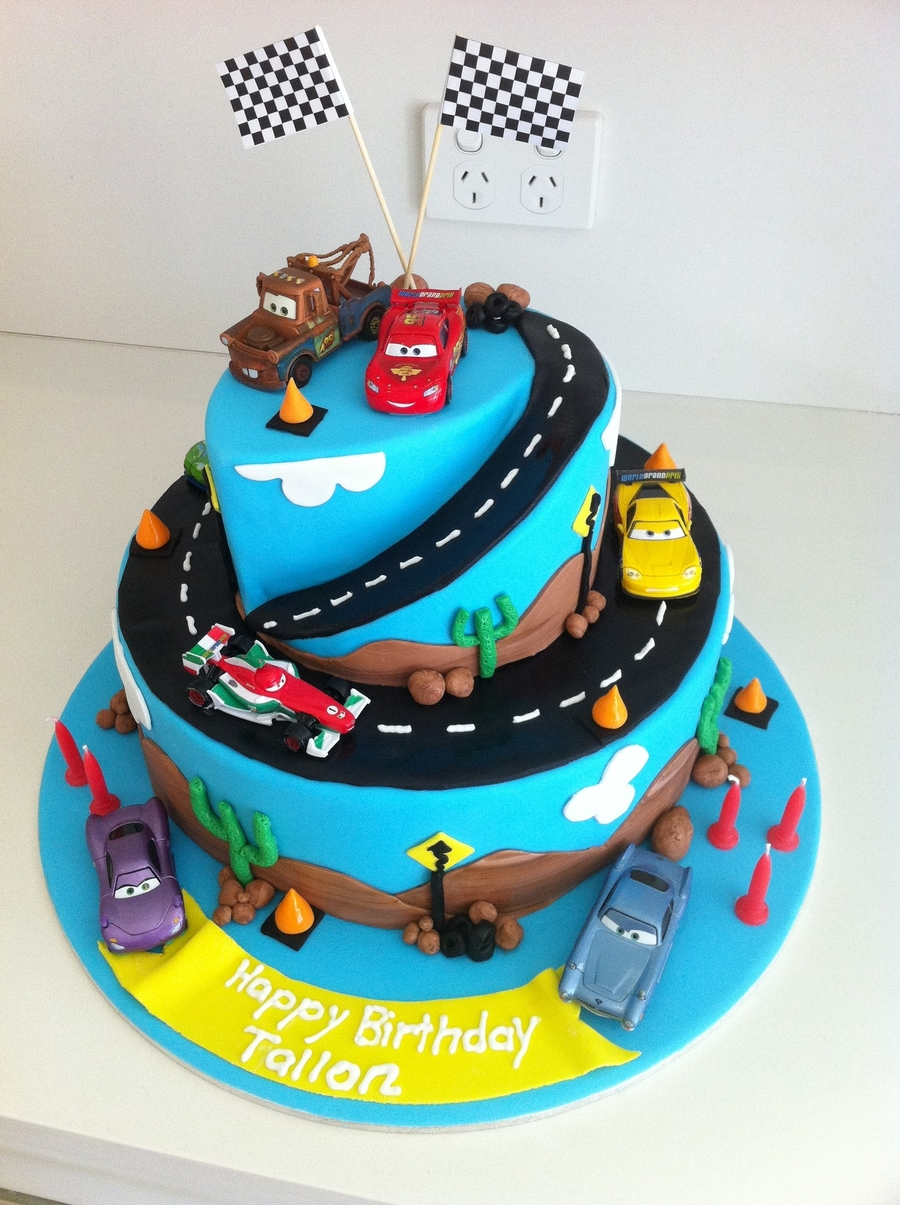 Cake Designs With Cars : Cars 2 Birthday Cake - CakeCentral.com