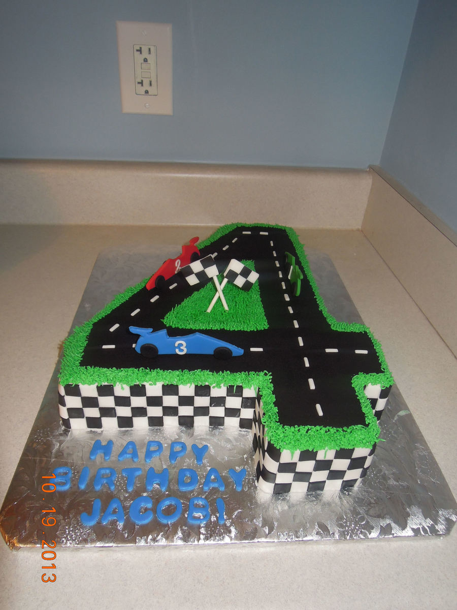 Cake Decorating Car Race Track : Race Track Cake - CakeCentral.com