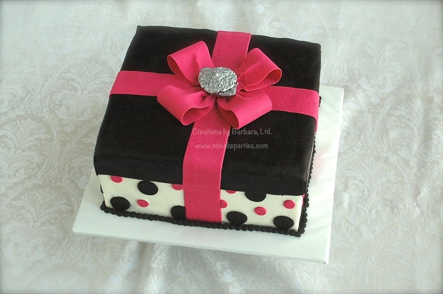 Black & Pink Gift Box on Cake Central