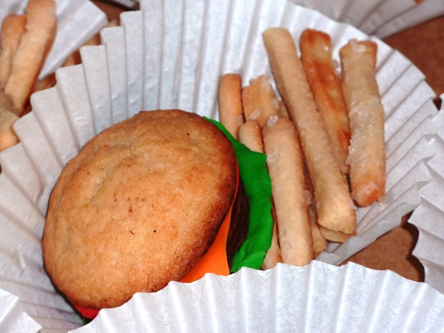 Burger And Fries Cookie Combo on Cake Central