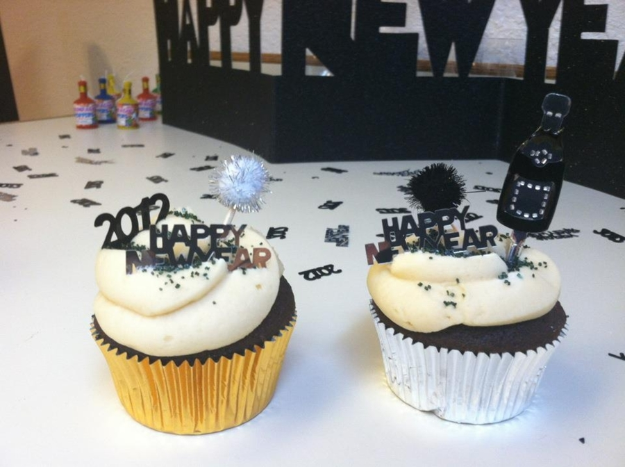 New Years Cupcakes on Cake Central