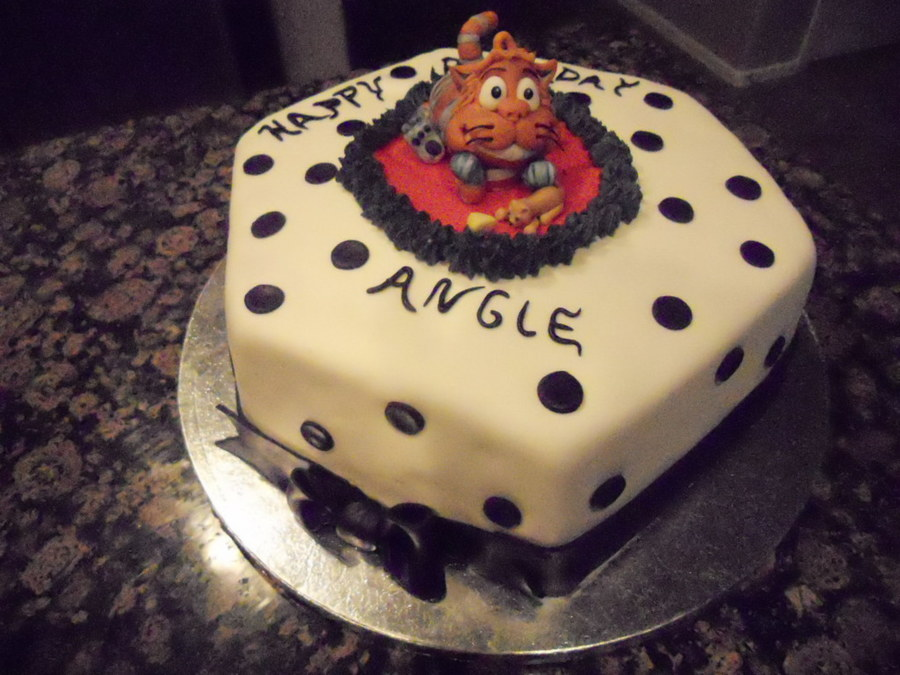 """an Other Cat For Angie"" on Cake Central"