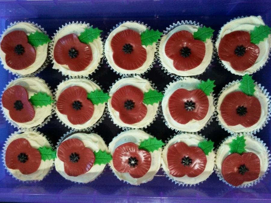 Rememberance Day Poppies  on Cake Central