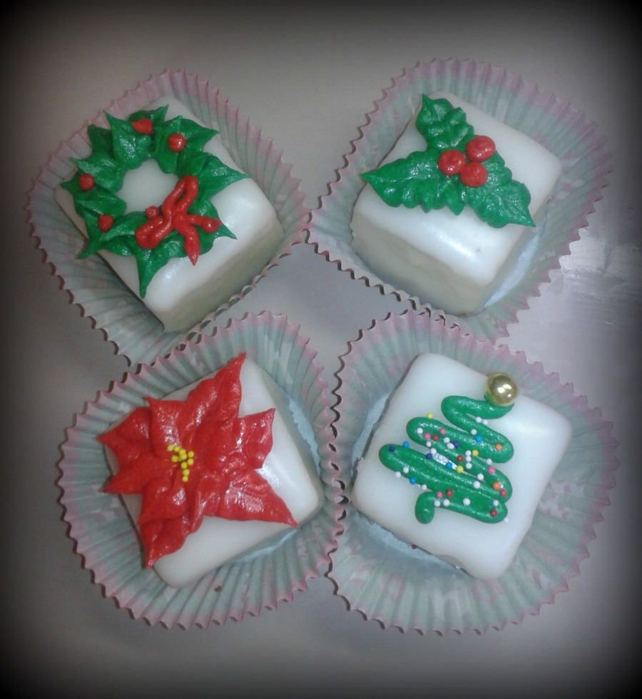 Christmas Petit Fours on Cake Central
