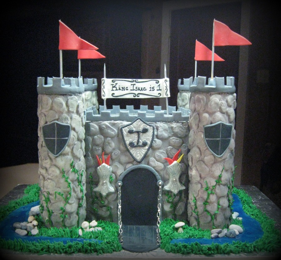 Medevil Castle on Cake Central