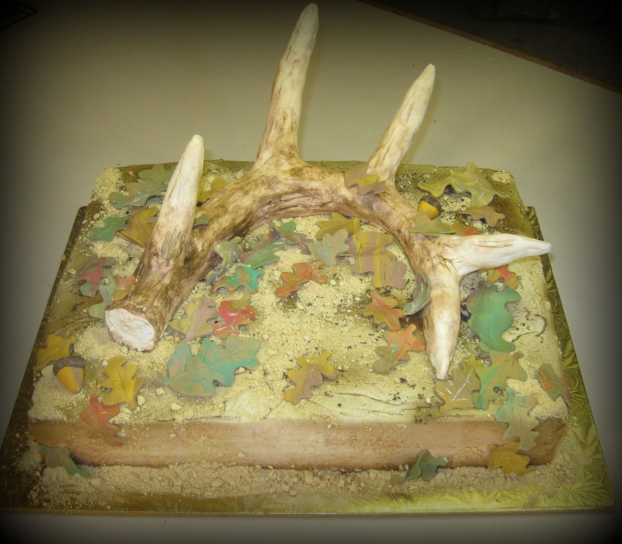 Deer Shed on Cake Central