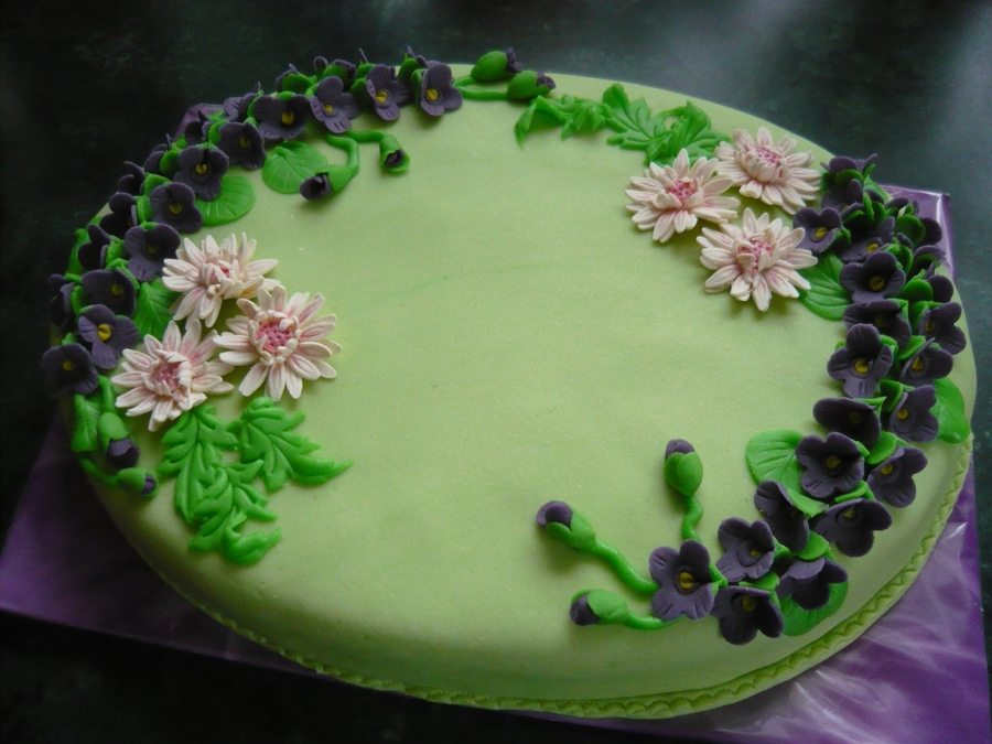 With Violets on Cake Central