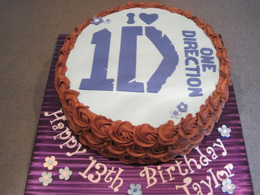 One Direction Birthday Cake on Cake Central