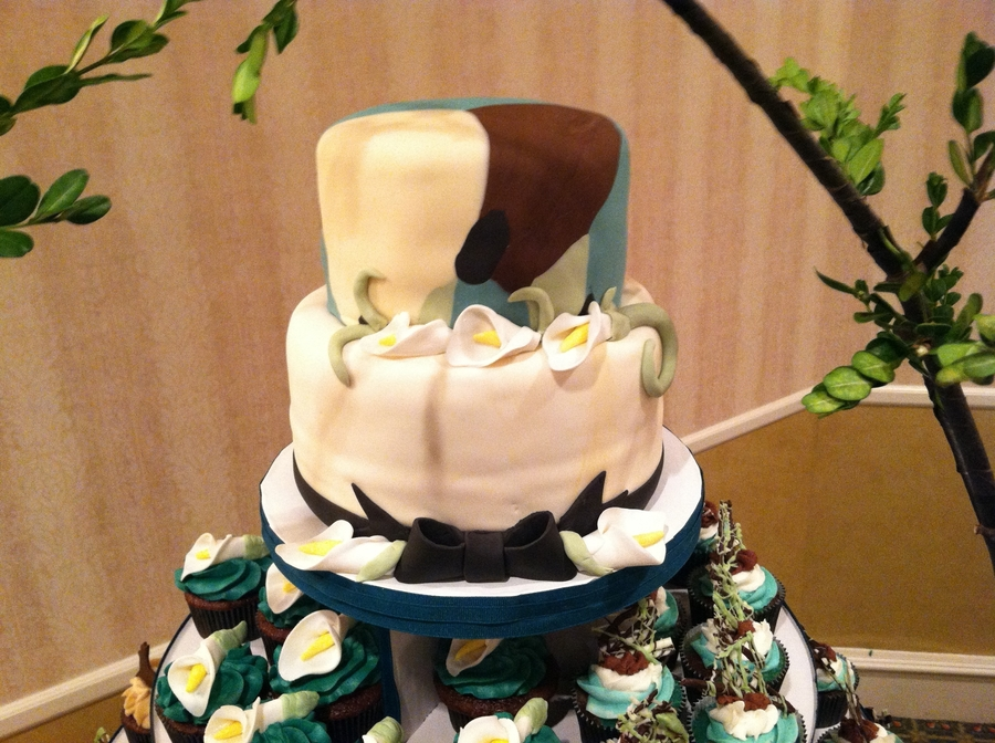 Camouflage Cupcake Tower Cakecentral Com
