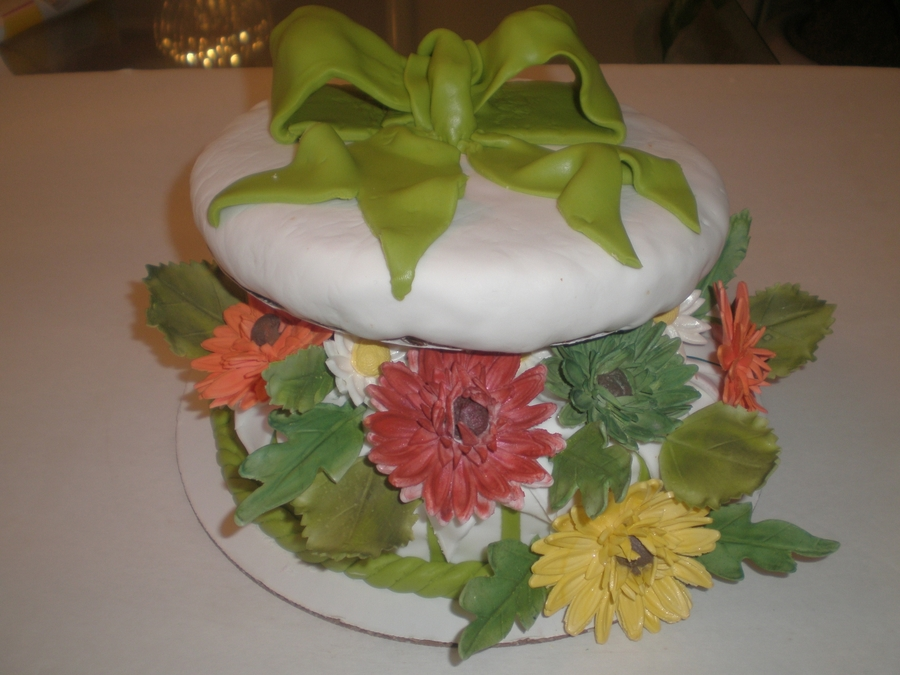 Box Of Daisies on Cake Central