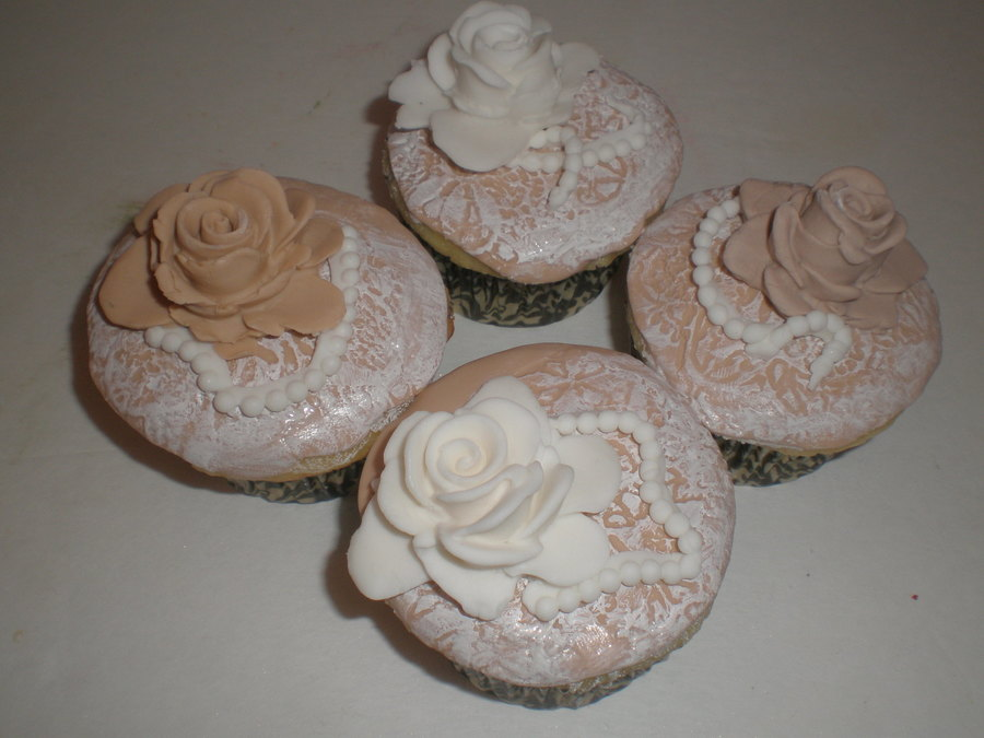 Lace Cupcakes on Cake Central