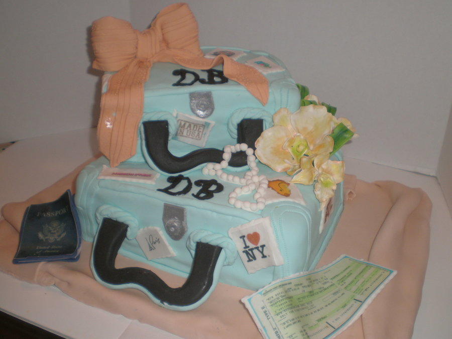 Luggage Cake  on Cake Central
