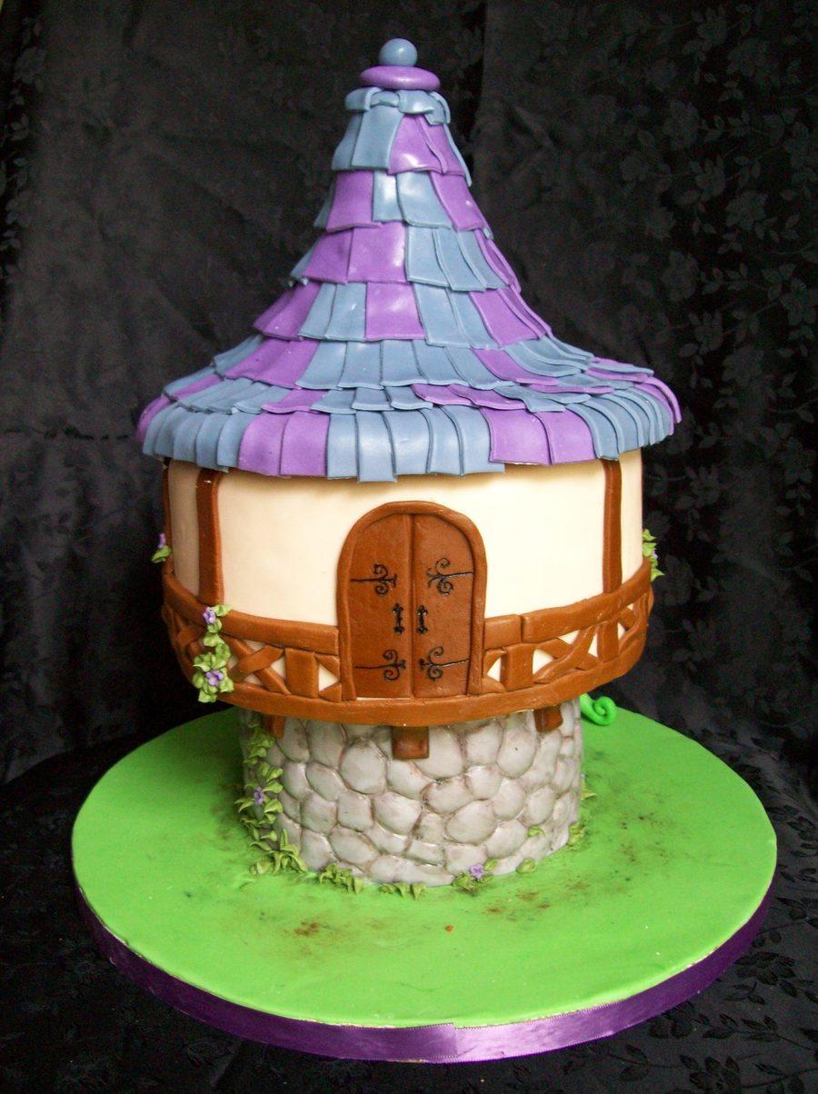 Rapunzel In Her Tower Cakecentral Com