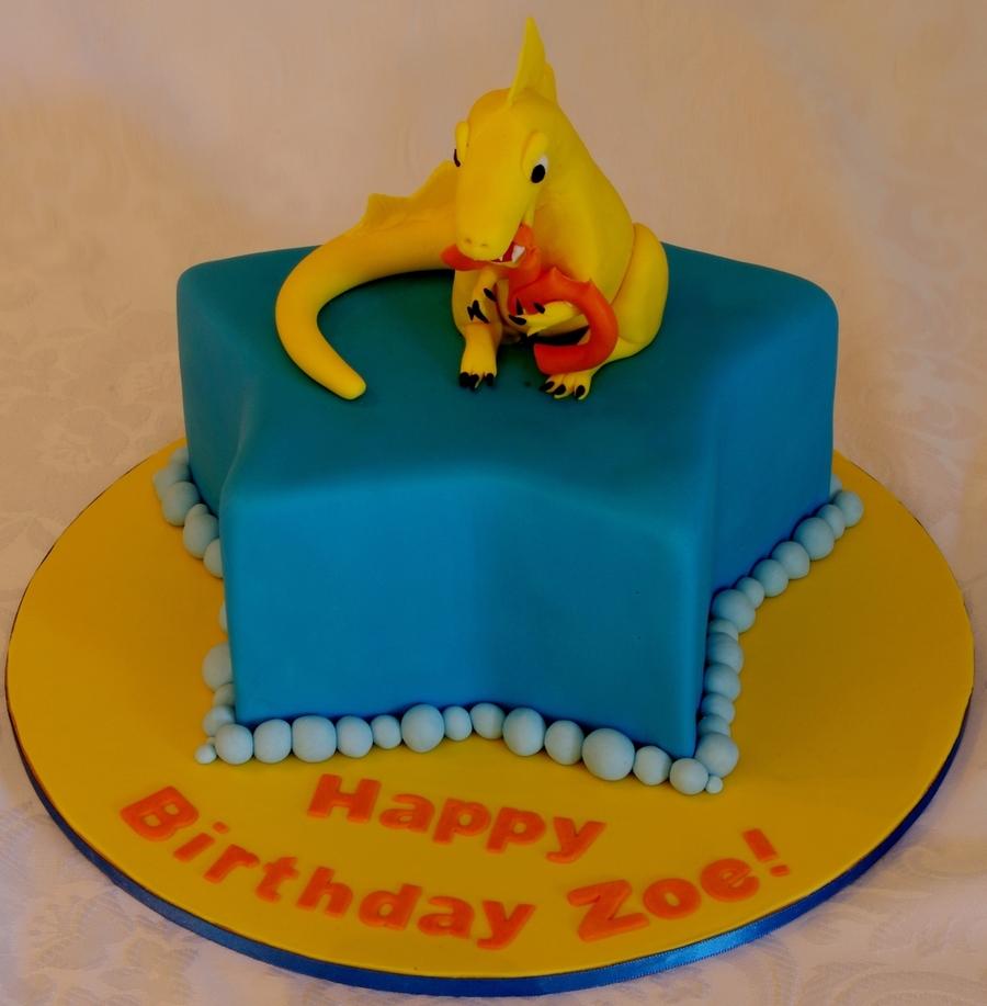 Zoe Gilham Cake Artist : Zoe s Yellow Dinosaur Cake - CakeCentral.com