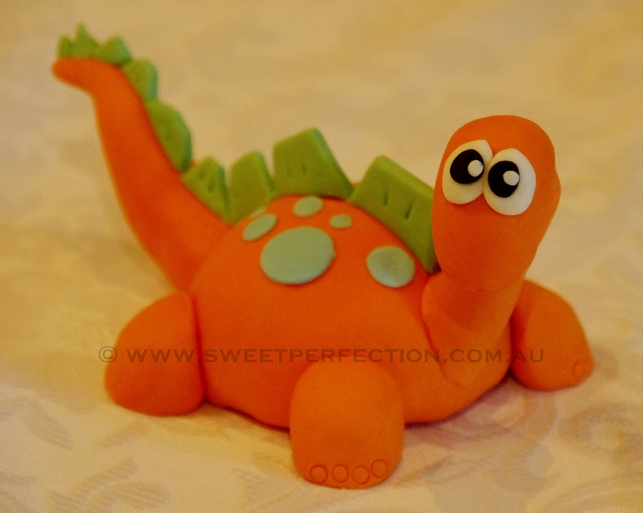 Joshua's Dinosaur  on Cake Central