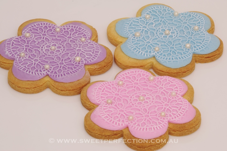 Sugarveil Imprint Cookies on Cake Central